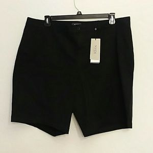 NYDJ women's Burmuda Twill Lift tuck shorts